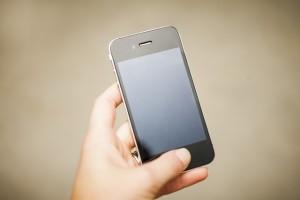 Ægtepar solgte falske iPhones til hele verden